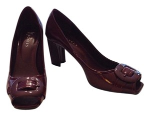 Nickels Burgundy Pumps