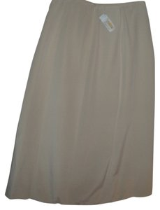 Talbots Silk Luxurious Fashionable Stylish Runway Skirt ivory