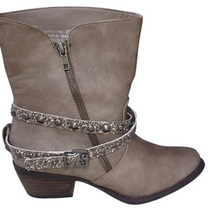 Not Rated Studded Bling Glittler Cowboy Rustic Taupe Boots