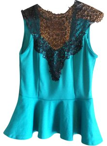 Charlotte Russe Crochet Neckline Lace Top green