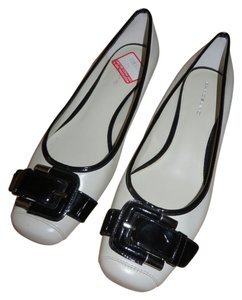 Bandolino Leather Ballet Black & White/Off-White Flats