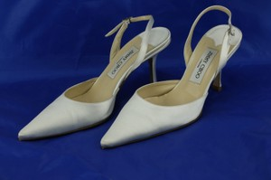 Jimmy Choo White London Woman Syria Satin 38.5 Pumps Size US 8.5 Regular (M, B)