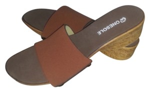 Onesole Slide Size 9 Interchangeable Swarovski brown Sandals