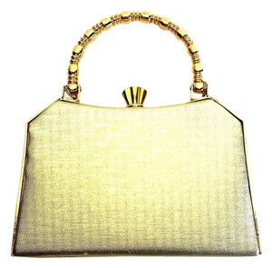Sasha Wristlet in Gold