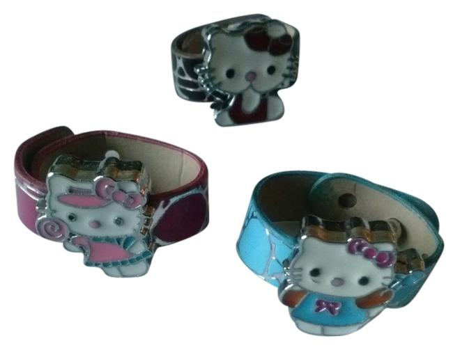 Item - Pink Red Brown Blue 3 Ring