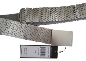 BCBGMAXAZRIA Great belt for skirts, pants or dresses.