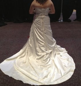 Mori Lee Ivory Duchess Satin Feminine Wedding Dress Size 16 (XL, Plus 0x)