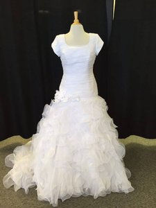 Allure Bridals M471 Wedding Dress