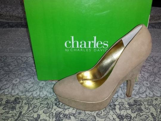 Charles by Charles David Latte Suede Pumps
