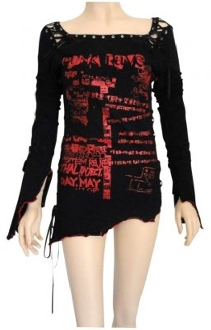 Preload https://img-static.tradesy.com/item/135609/black-gothic-small-unique-night-out-top-size-4-s-0-0-650-650.jpg