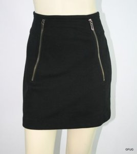 Vince Wool Blend Knit Mini Skirt Black