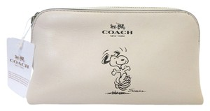 Coach Coach X Peanuts Snoopy Cosmetic Case F65208 Limited Edition NWT