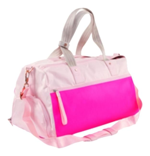 Item - Duffle Yoga On The Run Pink Canvas Weekend/Travel Bag