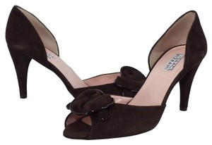 Isaac Mizrahi Suede Dark Brown Pumps