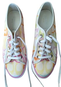 Coach Sneakers Multi print on creme Athletic