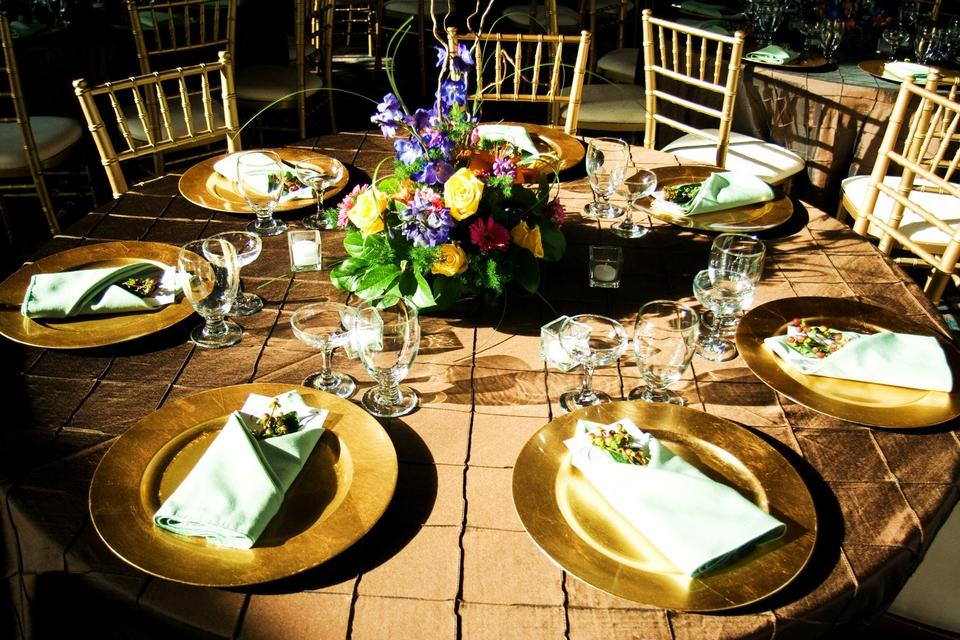 Gold Chargers (In Bulk) Tableware - Tradesy