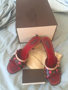 Louis Vuitton Size 11.5 tan and red Mules