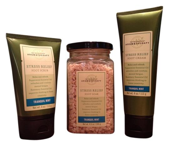 Bath and Body Works Stress Relief Foot Care Aromatherapy Collection; Tranquil Mint Foot Soak, Scrub & Creme by Bath & Body Works - [ Roxanne Anjou Closet ]