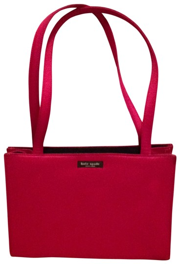 Preload https://item2.tradesy.com/images/kate-spade-classic-red-tote-135756-0-0.jpg?width=440&height=440