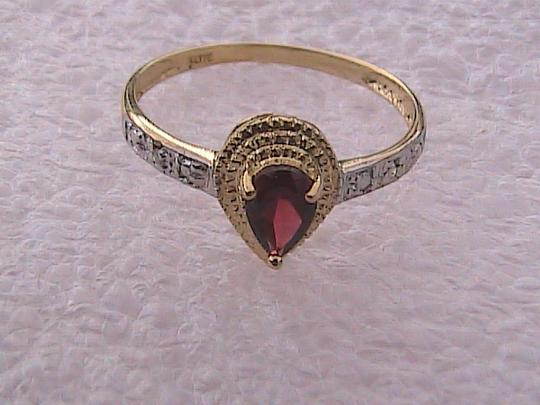 Other 10k Yellow Gold 0.45 cts Pear Garnet & Diamond Ring Image 4