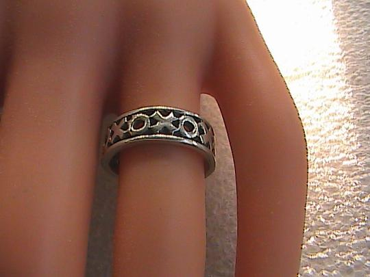 Other Vintage Sterling Silver XOXO Band Ring (#113) Image 3