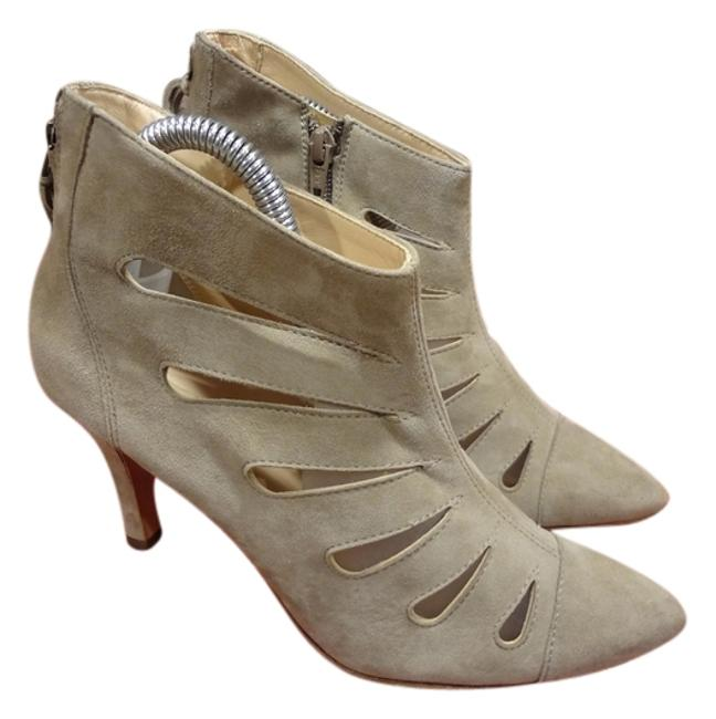 Item - Beige Ankle Sandals Back Zipper Boots/Booties Size US 7.5 Regular (M, B)