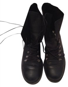 9 & CO Boots