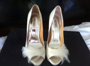 Badgley Mischka Heels Size US 10 Regular (M, B)