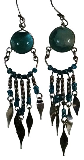 Preload https://item5.tradesy.com/images/silver-metal-and-aqua-blue-peruvian-handmade-earrings-1358049-0-0.jpg?width=440&height=440