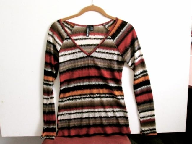 Full Tilt Longsleeve Striped V-neck Light-weight Material Fall Winter Casual Comfortable Bundle Top Multicolored