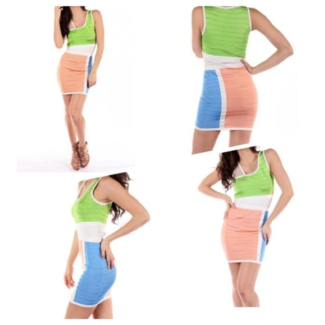 Preload https://img-static.tradesy.com/item/1358217/wow-whitegreenpeach-color-block-bandage-above-knee-night-out-dress-size-4-s-0-0-650-650.jpg