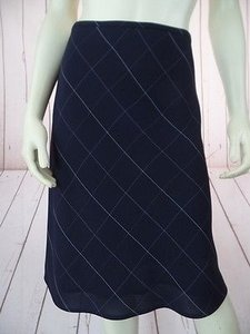 Anne Klein Navy Checked Poly Rayon Blend Straight Lined Side Zip Chic Skirt Navy Blue