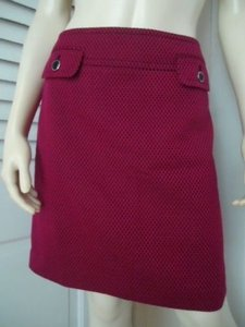 Ann Taylor LOFT Petites 8p Stretch Retro Mod Textured Hot Skirt Magenta & Black