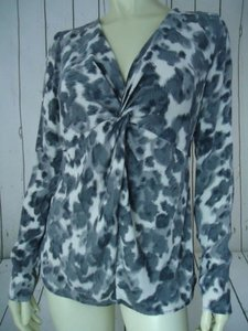 Ann Taylor Shirt Silk Spandex Knot Front Leopard Animal Print Chic Top Shades of Gray