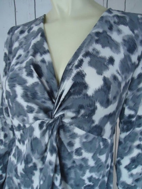Ann Taylor Shirt Silk Spandex Knot Front Leopard Animal Print Chic Top Shades of Gray Image 3