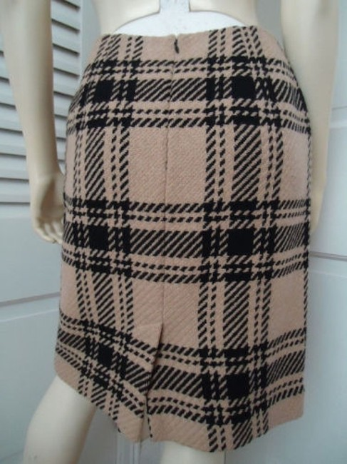 Ann Taylor LOFT Petites 4p Wool Blend Straight Retro Skirt Black & Tan Plaid Image 3