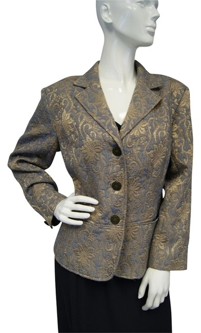 Preload https://img-static.tradesy.com/item/13587307/chico-s-embossed-gold-floral-holiday-blazer-size-2-xs-0-1-650-650.jpg