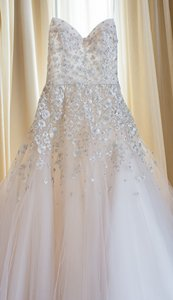 Liancarlo Eggshell Tulle 5806 Formal Wedding Dress Size 2 (XS)