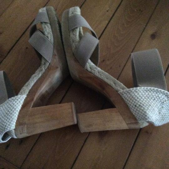 Andre Assous Cream and tan Mules Image 1