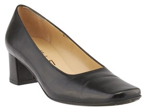 Salvatore Ferragamo Palinuro Leather Heels Black Pumps