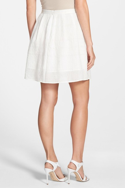 Chelsea28 Pockets Lined Perforated Skirt White Star Image 1