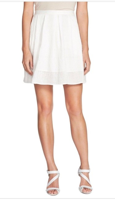 Chelsea28 Pockets Lined Perforated Skirt White Star Image 4