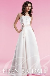 Eden 1311 Wedding Dress