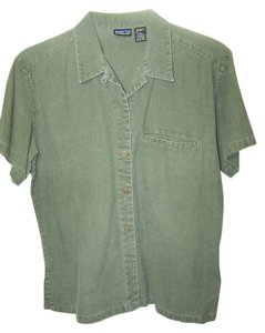 Patagonia Button Down Shirt green