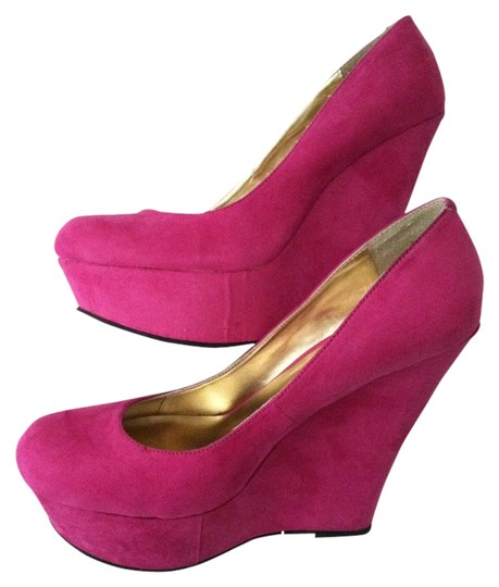Preload https://item1.tradesy.com/images/justfab-pink-wedges-size-us-8-regular-m-b-1359230-0-0.jpg?width=440&height=440