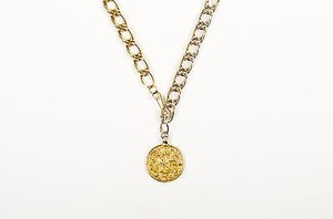 Vintage Gold Tone Link Chain Ancient Etched Pattern Coin Pendant Necklace