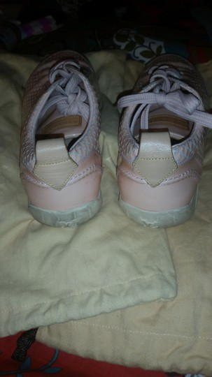 Louis Vuitton Peach Athletic