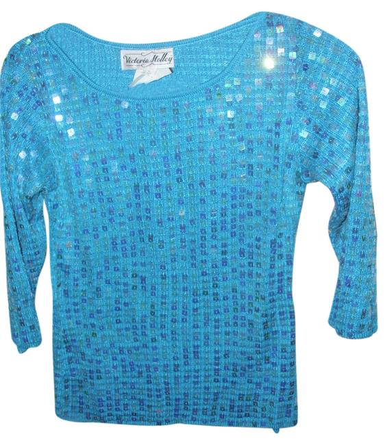 Preload https://img-static.tradesy.com/item/1359528/blue-snazzy-designer-knit-stretch-iridescent-sweaterpullover-size-2-xs-0-0-650-650.jpg