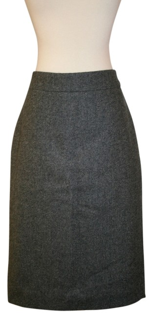 Preload https://img-static.tradesy.com/item/13596004/jcrew-tall-no-2-pencil-in-donegal-wool-grey-knee-length-skirt-size-10-m-31-0-1-650-650.jpg
