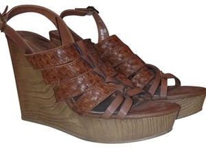 Madden Girl Brown Wedges